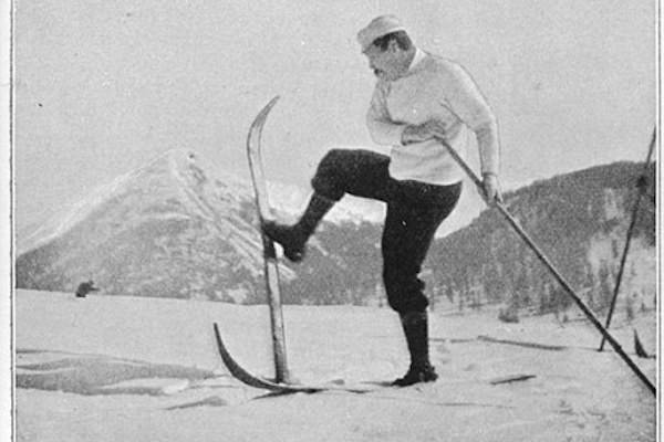 Conan Doyle Skiing 600x400 - Швейцария. Слалом-гигант и другие развлечения в Арозе